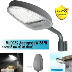Outdoor LED Street Light 2500LM Dusk to Dawn Sensor Waterpro